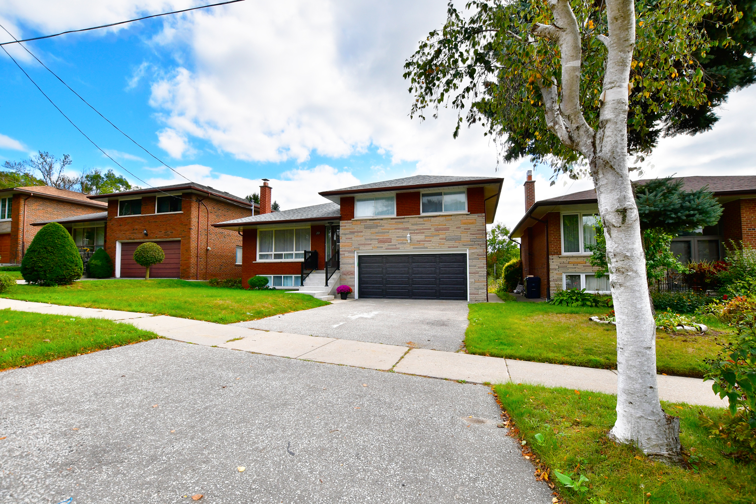 39 Doddington Drive in Etobicoke For Rent